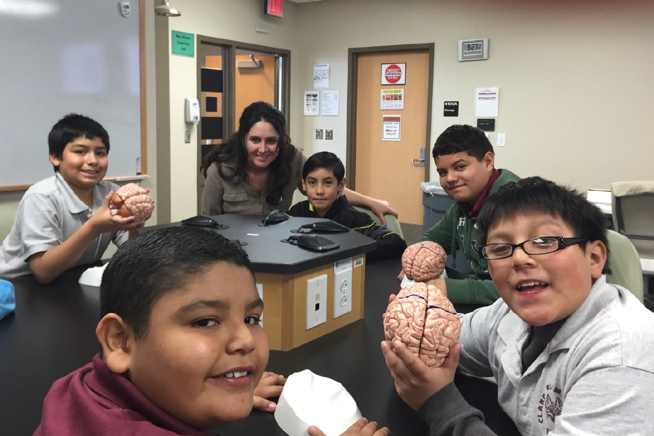 Student Service Organization Connects with Fifth Graders