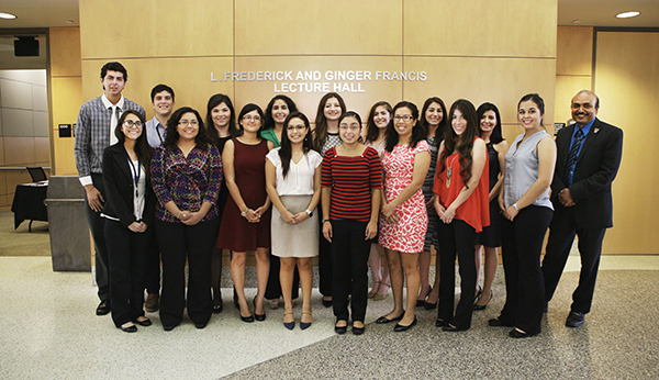 Graduate School of Biomedical Sciences Hosts Research Interns