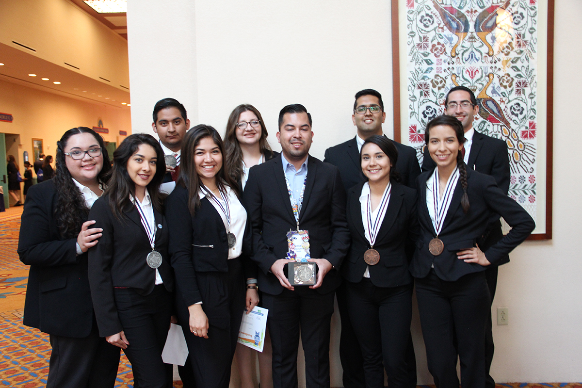 Future Health Care Professionals Attend International Leadership Conference