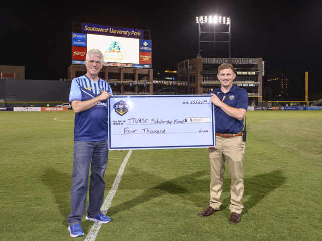 A generous gift of $4,000 from El Paso Locomotive FC will go toward a scholarship fund for students at the Foster School of Medicine.