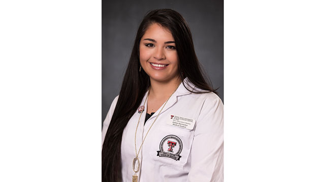 Foster School of Medicine Student Presents Research at Surgery Conference