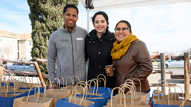 TTUHSC El Paso Students Mobilize to Serve the Community for MLK Holiday