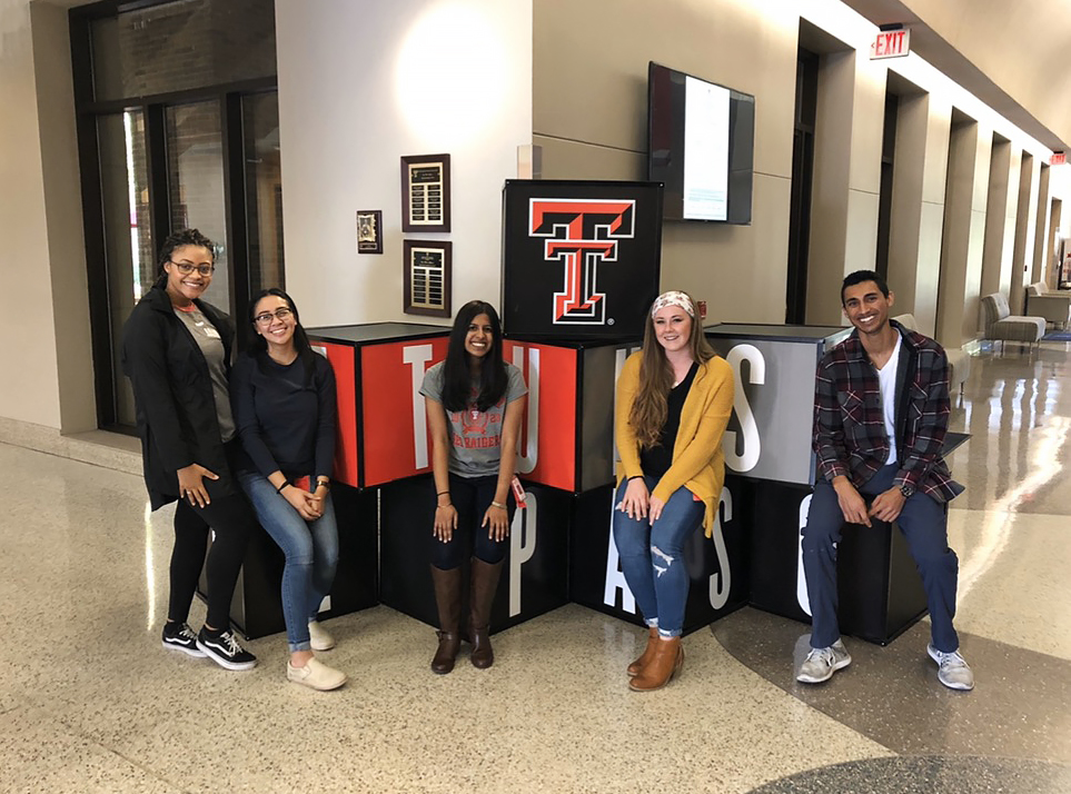 Class of 2023 medical students from left to right - Estella Price, Jasmine Balbas, Krupa George (student council), Krysta Caudle (student council), Miraal Dharamsi. Photo by Tommie Morelos