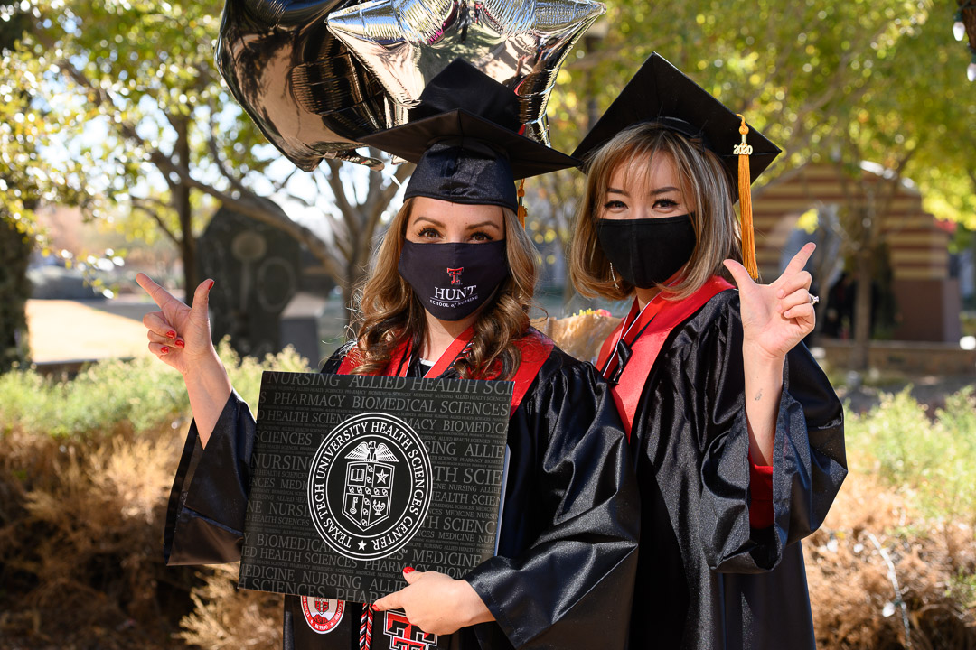 Hunt School of Nursing Graduates Honored at Commencement and Pinning Ceremony